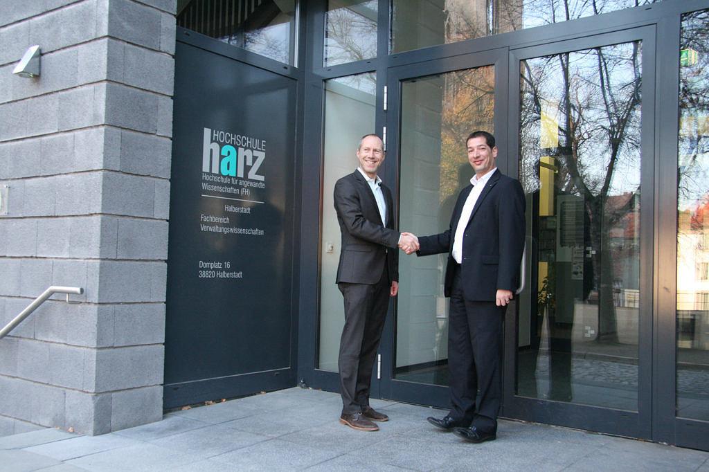 INFOMA und die Hochschule Harz bauen wissenschaftliche Zusammenarbeit weiter aus