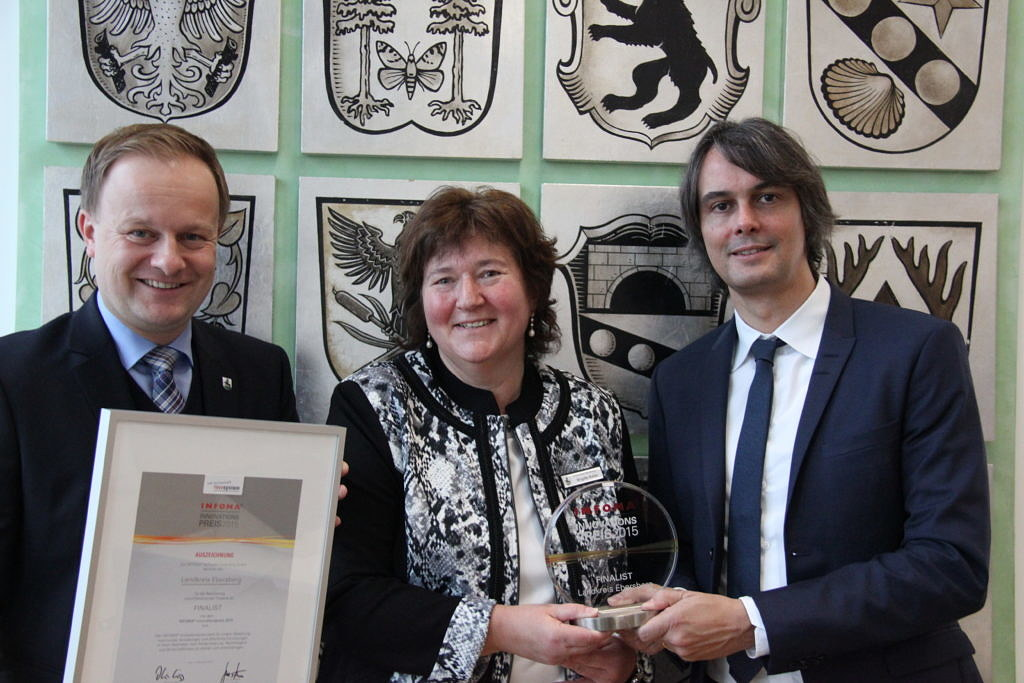 Wetteraukreis ist Gewinner des INFOMA Innovationspreises 2015