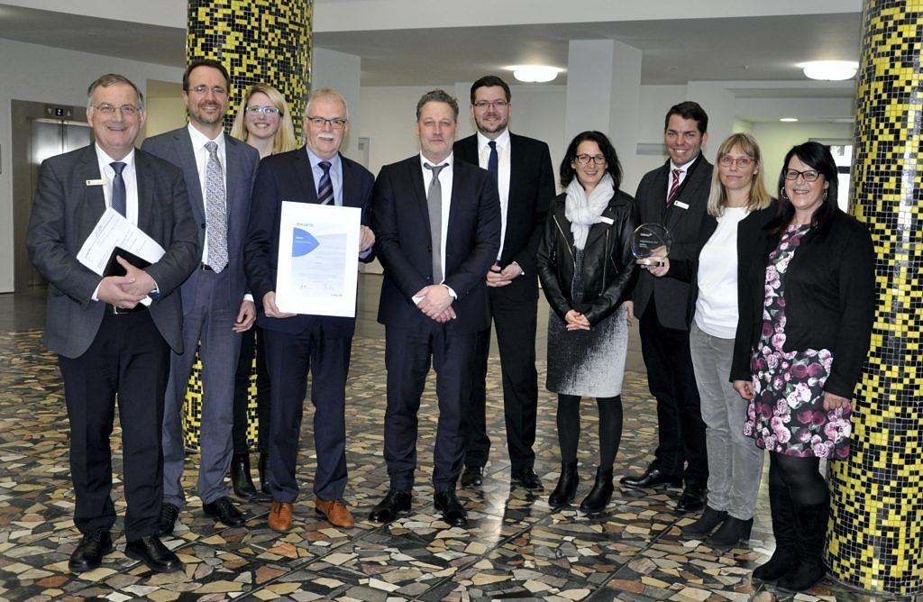 Stadt Düren gewinnt zum zweiten Mal Innovationspreis von Axians Infoma